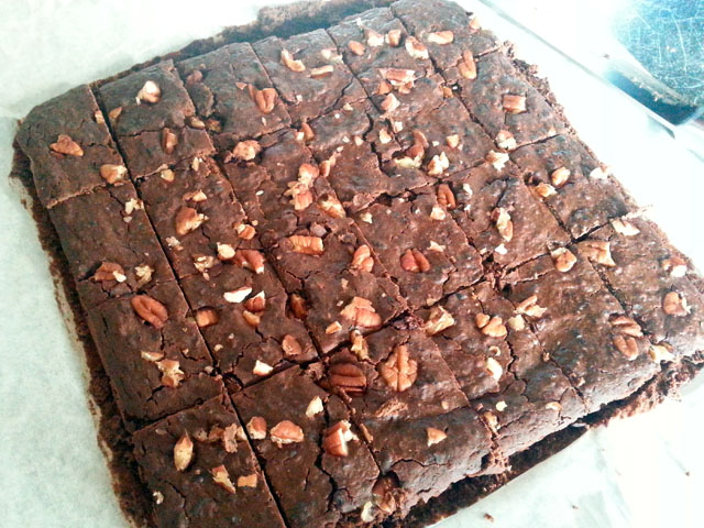 Black bean and applesauce flourless brownie.